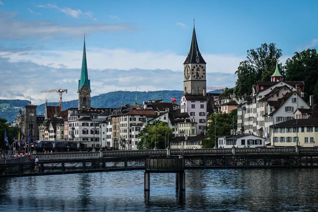 Знаменитые швейцарские часы