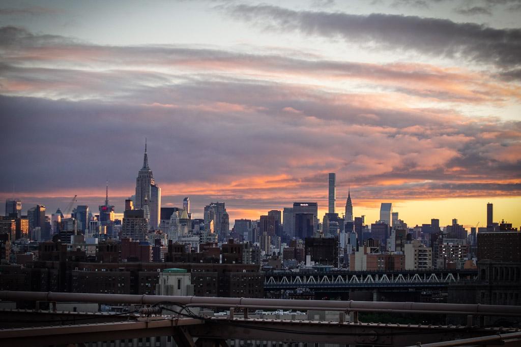 Нью Йорк до и после рассвета